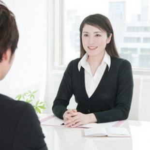 亚洲男人-女性面试